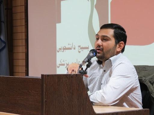 ترابی: دولت در حوزه بین الملل، فرصت سوزی کرد ، گلوگاه های ارزی کشور باید از امارات خارج گردد