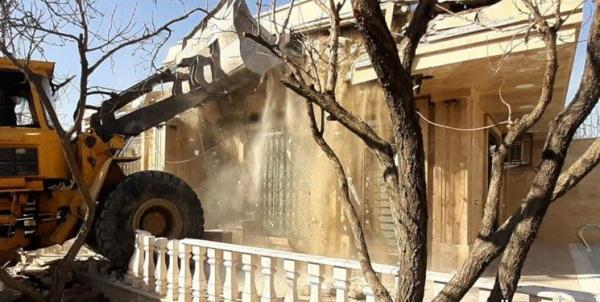 تخریب ساختمان های غیرمجاز متهم فراری پرونده طبری خبرنگاران